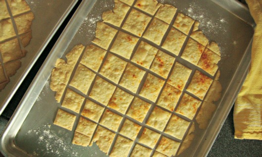 Cornmeal Cream Crackers @ Boomtown Sisters