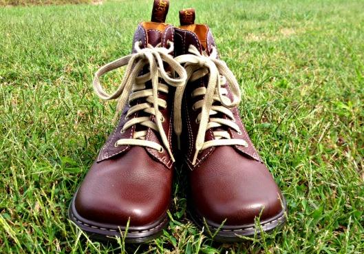 fall kicks
